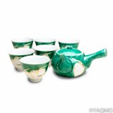 Porcelain Cups and Teapots / Kutani Porcelain Teapot and Cup Set