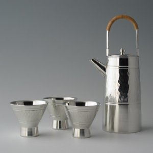 Photo1: Pewter Lidded Decanter and Sake Cup Set: Diamond Pattern